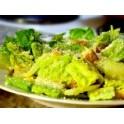 Salát Cézar s grilovanými kuřecími prsíčky
